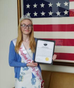 Carlee and flag